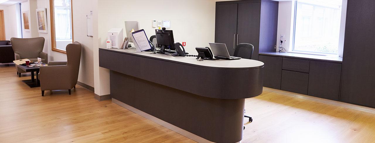 Büromöbel - Konferenzräume, Empfangs- und Wartebereiche